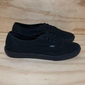 Vans All Black Size 8.5